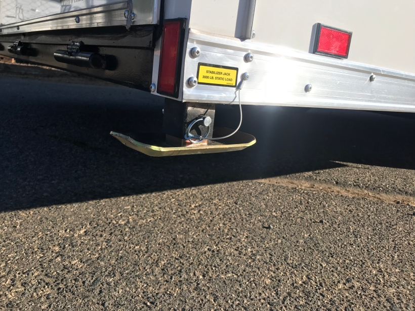 Heavy duty rear corner post drop-down jacks were installed on this trailer